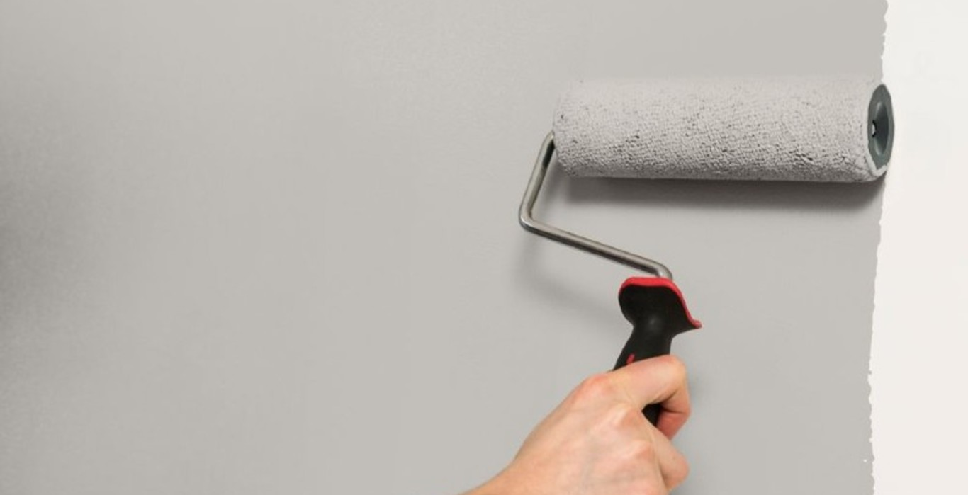 How to paint onto fresh plaster